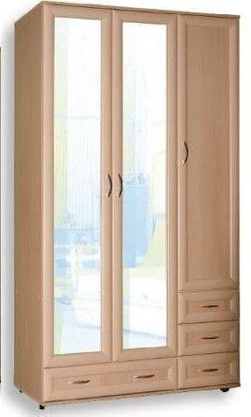 Трехстворчатый шкаф для одежды с зеркалом мод-161